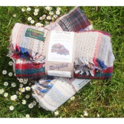 RECYCLED WOOL PICNIC RUG - STANDARD